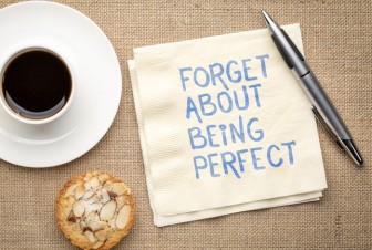 reminder remember forget perfect snack coffee © Can Stock Photo PixelsAway canstockphoto62048798